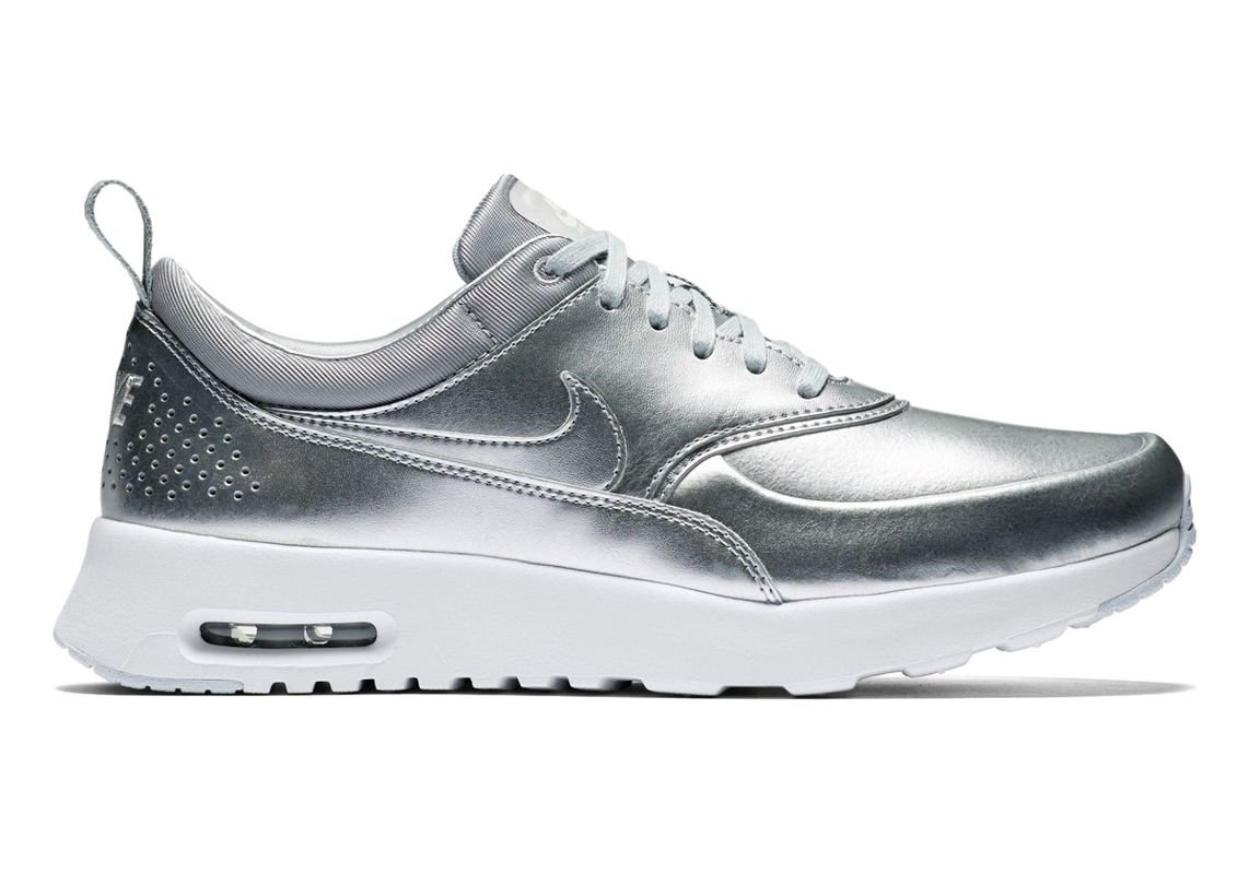 nike air max thea metallic 819640 001. Black Bedroom Furniture Sets. Home Design Ideas